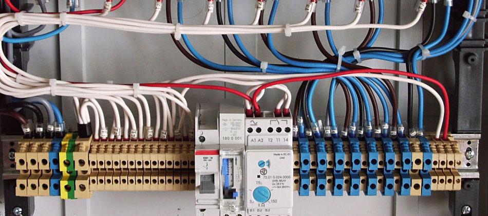 Schemi Elettrici Impianti Civili : Impianti elettrici civili